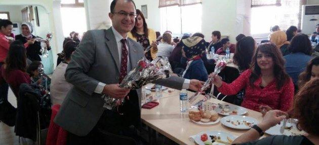 Türk Eğitim-Sen'li Kadınlar Kahvaltıda Buluştu
