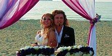 Genç Çift Nikah İçin Kumsalı Seçti