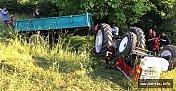 Devrilen Traktörün Sürücüsü Haytını Kaybetti