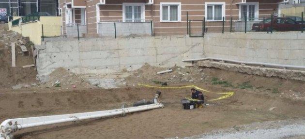Üzerine Beton Mikseri Pompası Düşen İşçi Öldü
