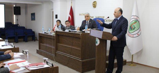 Vali Azizoğlu: Yürümek Yasak, Koşacağız