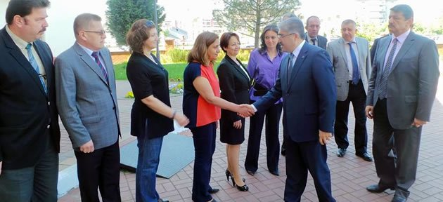 Vali Çınar'dan Başkan'a Veda Ziyareti