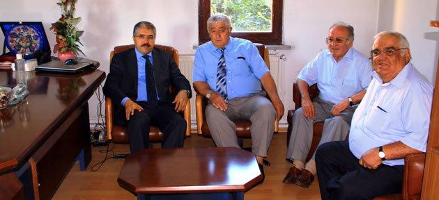 Vali Çınar'dan Esnaf Odasına Ziyaret