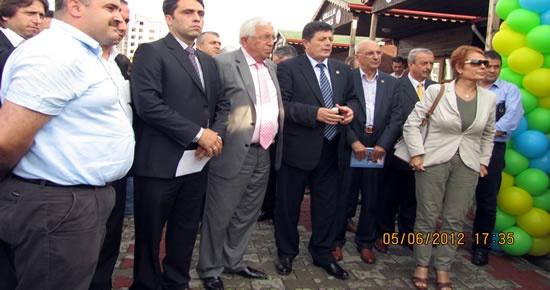 Yalçınkaya Ereğli'de Yöresel Bartın Kültür Evi'nin açılışına katıldı