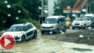 Şiddetli yağış  Bartın'da etkili oluyor