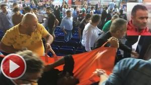 Tribünde kalp krizi geçiren antrenör kurtarılamadı