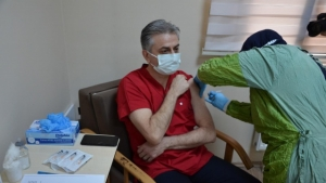 Bartın'da Aşı Yapılmaya Başlandı