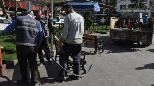 Bartın Cumhuriyet Meydanında Banklar Kaldırıldı