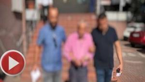 Durakta çocuklara cinsel tacizde bulunan yaşlı adam tutuklandı