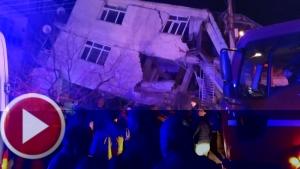 ELAZIĞ'da 6.8 Şiddetinde Deprem