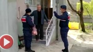 Bartın'da 65 yaş üstü vatandaşlara jandarmadan yardım eli