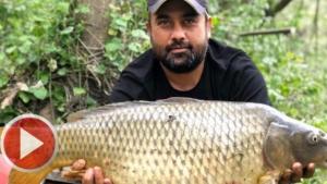 Bartın Irmağı'nın da 13 kiloluk sazan yakaladı