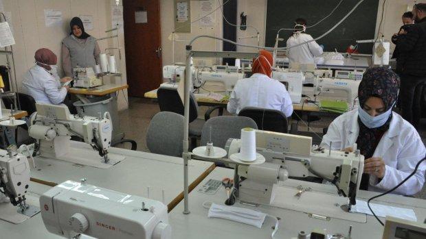 Bartın'da Öğretmenler Maske Üretiyor