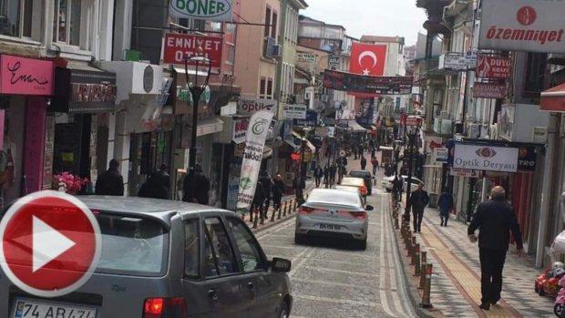 Bartın'da Caddede Gezenlere Uyarı