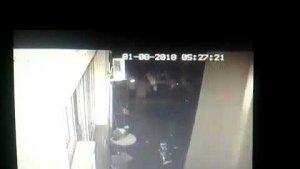 Ev sahibi bağırınca kaçan hırsızı polis yakaladı