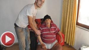 Bartın'da  Fil hastası adam sağlığına kavuşmanın hayalini kuruyor